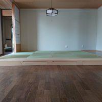 新築です。小上がり和室、縁ナシ国産い草使用です。