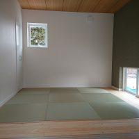 新築現場です。薄畳、美草縁ナシ畳